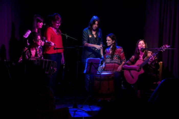 Alumbrando el canto: la voz como expresión antipatriarcal