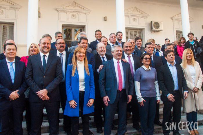 Alberto Fernández en Rosario junto a los gobernadores