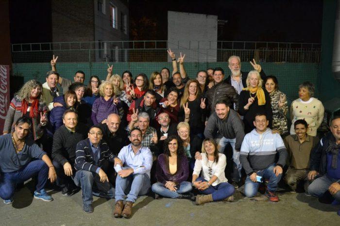 """""""Viajes K"""": La iniciativa de un grupo de taxista que se convirtió en comunidad"""